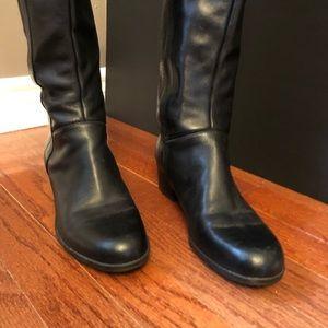 "Bandolino tall black leather 11/2"" heel side zipper elastic v on calf buckle"